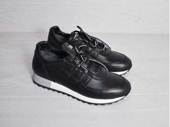 Кросівки жіночі на шнурках шкіра чорні (2332)
