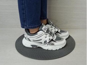 Кросівки білі жіночі 36-41 (2371)