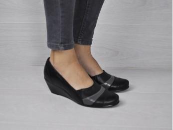Туфлі жіночі на платформі шкіра чорні (1112)