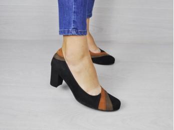 Туфлі жіночі замшеві чорні (1131)