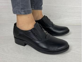 Туфлі жіночі на резинці шкіра чорні (2197)